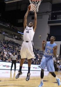 Travis Taylor averages 11.8 points and 9.0 rebounds per game for Xavier.